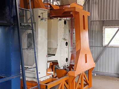 Separator PSO-100 for sorting and cleaning of grain crops